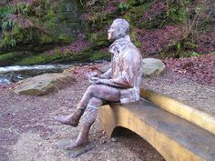 The Scottish poet Robert Burns wrote the Birks of Aberfeldy after taking a walk up to the Mo'ness Falls. The sculpture was unveiled in 2009, in honour of the 250th anniversary of the birth of the Scottish poet.