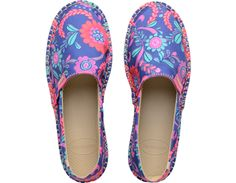 <p>Celebrate the 60's-Havaianas' birth decade!-with an exclusive capsule collection from Havaianas Liberty London. This colorful collection pairs the comfort of Havaianas with bright, floral Liberty archive prints from the 60's. The prints even carry a hidden Havaianas icon! The Liberty Espadrille features a Liberty print on the canvas upper and the same rubber sole as the flip-flop. Choose from Orchid Rose Lioncera or Marine Blue Tropical Bloom. </p><ul><li>Part of our Collaborations Collec...