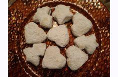 Οι αγαπημένοι μου κουραμπιέδες! Cookies, Eat, Desserts, Christmas, Blog, Crack Crackers, Tailgate Desserts, Biscuits, Navidad