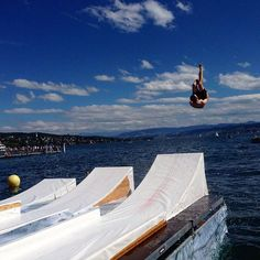 Instagram media by bb.zrh - #zürifäscht2016 #waterslide Water Slides, Beautiful Moments, Opera House, Bb, In This Moment, Building, Travel, Instagram, Viajes