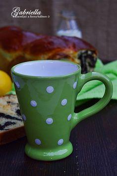 Gabriella kalandjai a konyhában :): Foszlós citromos-mákos kalács Mugs, Tableware, Kitchen, Dinnerware, Cooking, Tumblers, Tablewares, Kitchens, Mug