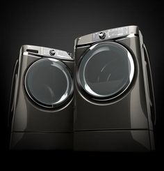 Our RightHeight washers and dryers make sure that doing a load of laundry is never a strain on your body.