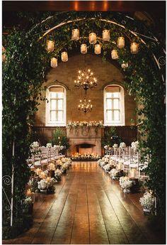30 Winter Wedding Ideas Too Stunning To Resist - Served Pretty