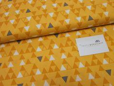 Neuer Baumwoll-Stoff in unserem Laden und auch im Online-Shop! Vanessa Christenson // Color Theory// Dreieck senf von Textilwerkstatt //Christiane Colsman Textildesign  auf DaWanda.com