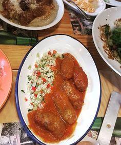 Κυριακή με φίλους & καλό φαγητό@magiacook @cookandfeed .Sunday lunch with friends & delicious food ..#sundaylunch #lunch #mezes #greekfood #soutzoukakia #bulgur #friends #happymoments #enjoylittlethings #blissfoolmoments #f52grams #eattheworld #buzzfeedfood #eeeeeats #foodporn #foodgasm #foodstagram #feedfeed #beautifulcuisines #foodgawker #hautecuisines #lifokitchen #lifeandthyme #inmykitchen #hereismyfood #onmytable #foodblogger #tastingtable #cookingandart #marion_cookingandart