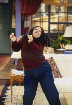 #FRIENDS | Shake your groove thing, Monica!
