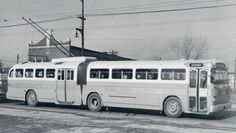 """CTA Bus Trolley I remember trolley buses when I was a kid in the late 60's & early 70's before the CTA stopped using the in 74, but I had no idea they had """"big bend"""" trolleys."""