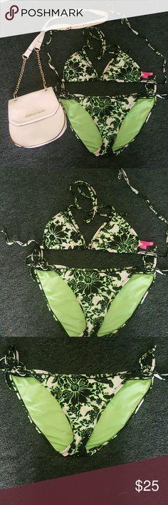 Neon Green Floral pring 2 piece Bikini Sexy 2 pc bikini in perfect condition.   Bikini top size L Bikini bottom XL debs Swim Bikinis