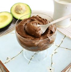 Chocolate Avocado Pudding with Coconut Milk by inspirededibles This is so amazing! This truly my favorite chocolate pudding ever. : ) My kids hate avocados, but they love to eat this pudding! Raw Food Recipes, Just Desserts, Healthy Desserts, Delicious Desserts, Dessert Recipes, Yummy Food, Coconut Recipes, Dessert Food, Healthy Recipes