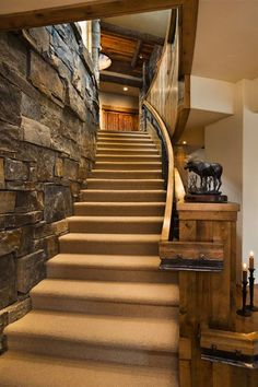 i am in love with this rustic staircase.My favorite part of this is that rock on the side that goes along with the staircase. I need tjis for my future house:) Rustic Home Design, Home Interior Design, Rustic Staircase, Curved Staircase, Staircase Walls, Carpet Stairs, Staircase Design, Traditional Staircase, Enchanted Home