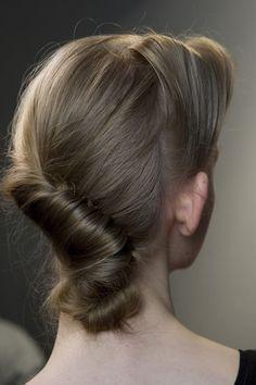 How To  Milan Fashion Week - Hair from Antonio Marras Show e4fb17c4cb0f