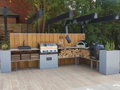Outdoor kitchen project in Elmbridge, Surrey. Outdoor Kitchen Plans, Outdoor Cooking Area, Outdoor Dining, Outdoor Kitchens, Small Bbq, Kitchen Grill, Bbq Area, Outdoor Furniture Sets, Barbecue