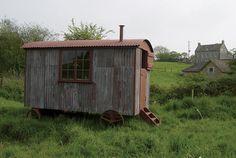 Shepherds Huts Gallery :: The Shepherds Hut Company - Masterton, Wairarapa, New Zealand Shepherds Hut, The Shepherd, Goat House, Tin House, Portable House, Gypsy Caravan, Gypsy Life, Clever Design, Restoration