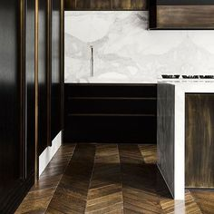 Inspiratie keuken! Of kijk op www.vanginkelkeukens.nl. #atag #gaskookplaat #keuken #vanginkelkeukens #keukenbedrijf #quooker #kookplaat #design #kitchen #interieurdesign #interior #designkitchen #rvs #keukencentrum #quooker #goud #limitededition #wijnklimaatkast