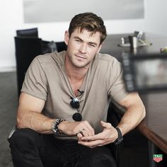 Chris Hemsworth at Tag Heuer factory in Switzerland. Liam Hemsworth, Hemsworth Brothers, Elsa Pataky, Age Of Ultron, Star Trek 2009, Avengers, Die Rächer, Cute Celebrities, Celebs