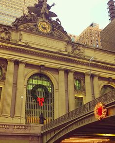 Three weeks to Santa!  I'm hopping on #24momentsofgratitude #decemberreflections2016  I'm grateful for the beautiful Grand Central Station. It truly is my happy place in the chaos of this city. Sounds funny I know. But I can't stop smiling when I see her...especially dressed for Christmas!