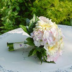 Hydrangea / Svadobná kytica Ale, Table Decorations, Weddings, Home Decor, Decoration Home, Room Decor, Ales, Mariage, Wedding