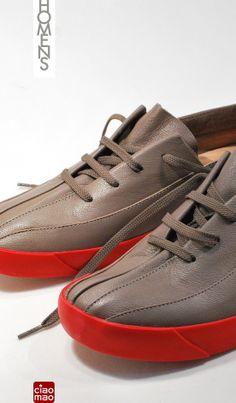 É sexta! É sussa! - Tênis Masculino FUT - Men's sneakers of the Brazilian brand CIAO MAO