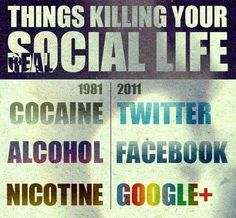 Things killing your real/social life. Times are changing. Funny Images, Funny Photos, Social Media Humor, Social Networks, Funny Facebook Status, Life Lessons, Me Quotes, Quotable Quotes, Lol