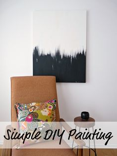 A surprisingly easy tutorial for a great piece of DIY abstract art. Customize by using your own colour choice!