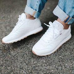 Sneakers femme - Reebok Classic (©urbanoutfitterseu)