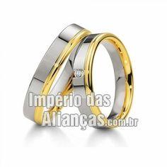 Aliança de noivado e casamento em ouro branco e ouro amarelo 18k Largura  4.5mm Pedras 1 diamante de 2 pontos Acabamento Liso Formato Anatômico Peso  8 gramas ... 54b45ed862