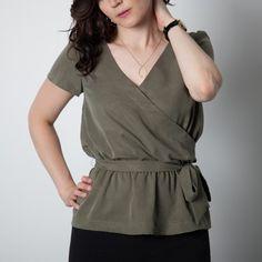 Schnittmuster: 1403 Yaletown Dress & Blouse - hübsche Bluse mit Bindegürtel