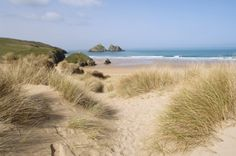 Sweetpea Cottage is not far from the beautiful dunes of Holywell Bay