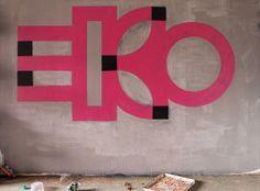 eko [pink flower in a pot]   Flickr - Photo Sharing!