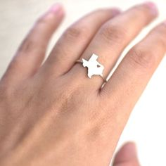 A ring that knows where your heart is… | 31 Incredibly Wonderful Products For People Who Love Texas