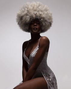 Afro Beauty Brought To Life In Photographer Luke Nugent's Lavish Hair Portraiture – Design You Trust Black Is Beautiful, Style Afro, Kreative Portraits, Black Girl Aesthetic, Pelo Afro, Black Women Art, African Beauty, Brown Skin, Pretty People