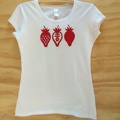 Hand Screenprinted Red Strawberries T-Shirt Strawberries, Screen Printing, Organic Cotton, My Design, T Shirts For Women, Printed, Red, Etsy, Tops