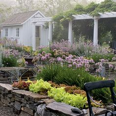 Google Image Result for http://img4-3.coastalliving.timeinc.net/i/2011/06/Coastal-Gardening/Maine/misty-stone-garden-l.jpg%3F400:400