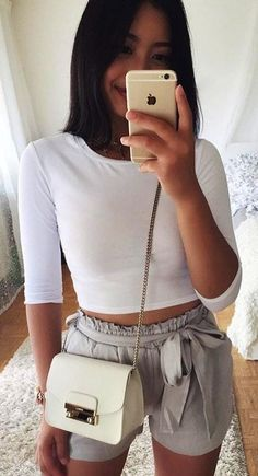 Elegant And Chic Summer Outfits 22