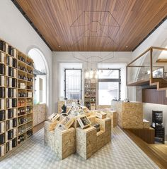 THE HOTEL Room for Ideas Office / ColectivArquitectura