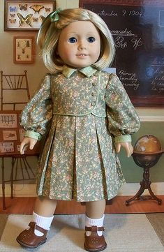 Kit Kittredge hair bow (green) white ankle socks chestnut brown t-strap shoes floral dress mint green with flowers 1930s school
