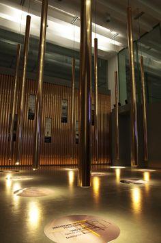 """Esposizione e premiazione del progetti vincitori del concorso """"Il rame e la casa"""" 2012, presso lo spazio Material ConneXion alla Triennale di Milano (foto: Enza Tamborra)"""