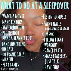 Girl Sleepover Games, Birthday Sleepover Ideas, Things To Do At A Sleepover, Sleepover Room, Sleepover Activities, Slumber Parties, Sleepover Ideas For Teens, Sleepover Crafts, Best Friend Bucket List