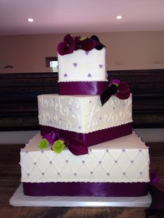 Wedding cake purples