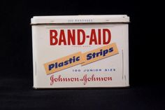 Vintage Band-Aid Plastic Strips Tin Johnson & Johnson Junior Size EMPTY