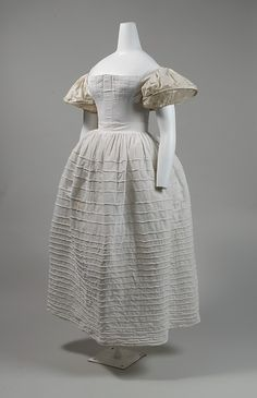 c.1828 Corset, Sleeve supports  corded petticoat