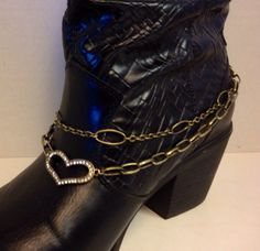 Boot chain, Antique Gold tone with Rhinestone Heart accent. Lobster clasp.