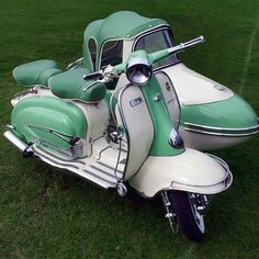 The 1961 Lambretta TV175 Scooter with sidecar outfit. Photo: flickr/kenjonbro #mcmdaily #lambretta #italy mcmdaily.com