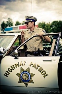 Fotograf Kassel | FotoTV Challenge 2011 | Amerikanischer Highway Patrol Polizist 08 http://blog.ks-fotografie.net/veranstaltungsfotografie/fototv-challenge-highway-patrol-motorradcop/