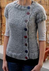 Ravelry: raptwithfiber's Bulky Buttony Knit Cardigan Pattern, Sweater Knitting Patterns, Knitting Designs, Knit Patterns, Baby Knitting, Crochet Coat, Knit Fashion, Knitwear, Sweaters For Women