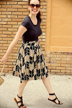fabulous skirt/summer uniform. wish i would fit into the skirt---would def purchase!