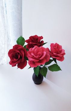 EtsyShop: red pink crepe paper roses − handmade by Ameli's Lovely Creations