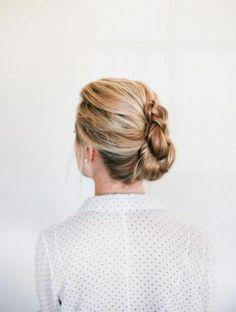 Braided French Twist How To DIY braided French twist hair tutorial. Twist Hairstyles, Pretty Hairstyles, Modern Hairstyles, Roman Hairstyles, 1940s Hairstyles, Amazing Hairstyles, Shag Hairstyles, Spring Hairstyles, Bridal Hairstyles