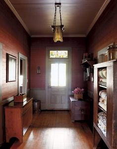 You never know what you'll find: tomato red paint in the entry hall had been hidden under wallpaper for decades. Texas, Beach House Decor, Home Decor, Country Primitive, Primitive Decor, Interior Walls, Country Decor, Country Living, House Tours