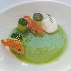 Cucumber soup with yogurt foam